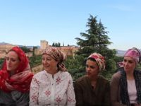 European Muslim women in Granada